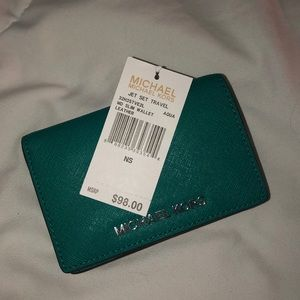Michael Kors MD Slim Wallet